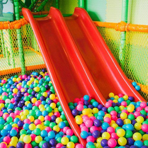 ห้องเพลย์รูมจำกัดสำหรับเด็กที่มีความสูงน้อยกว่า 110 เซนติเมตรเท่านั้น